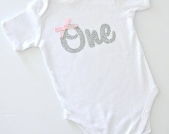Baby Girl Silver Glitter 'One' Birthday Onesie / Bodysuit | 1st Birthday or Cake Smash Outfit | Pink Bow | Made to Order