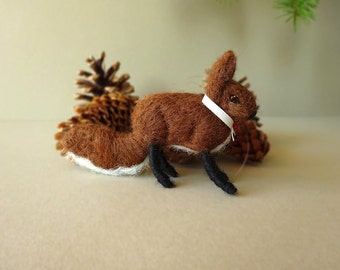 Needle Felt Fox Ornament, Fox Miniatures, Needle Felt Animal, Fox Figurine, Needle Felted Fox Sculpture, Miniature Fox Christmas Decoration