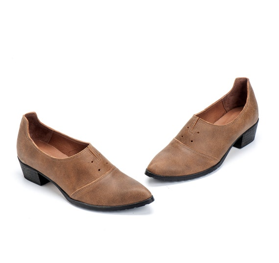 Brown Leather Shoes / Women Shoes / Every Day Loafers / Snake Skin Texture Leather Shoes / Comfortable Wooden Heels Shoes - Antelope