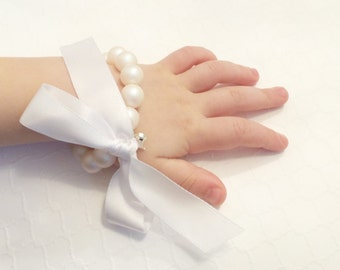 Flower Girl Pearl Bracelet, Swarovski,  ribbon, charm, stretch, bridal, childrens, choose pearl, DKSJewelrydesigns, FREE SHIPPING