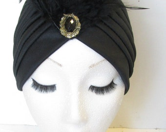 Black & Gold Feather Turban Vintage 1920s Cloche Hat 1930s Headpiece Flapper Great Gatsby N18