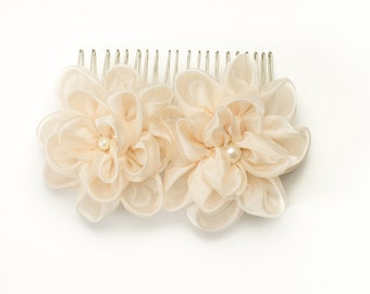 Flower hair clip Champagne Bridal hair accessory Bridesmaid Flower for sash Champagne headpiece Bridal hair piece