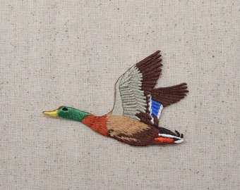 Mallard Drake - Duck - Flying Left - Iron on Applique - Embroidered Patch - WA102