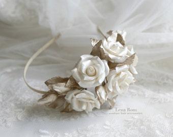 Bridal headpiece. Floral headpiece. Ivory roses headpiece. Wedding headpiece. Bridal roses headband. Wedding roses headband. Style 512