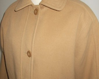 Vintage womens camel coat by Classics 80s size large