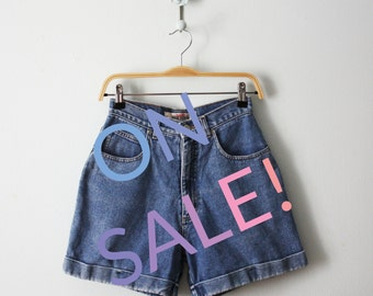 SALE! / Vintage / Denim cuffed shorts / High waisted shorts / Dungarees / Size 6