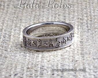 Om Mani Padme Hum, Rhodium Plated Silver Ring