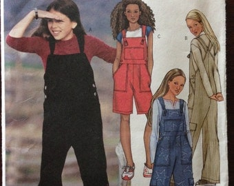 Butterick 3958 - Easy Overalls or Shortalls with Criss Cross Strap Option - Size 12 14 16