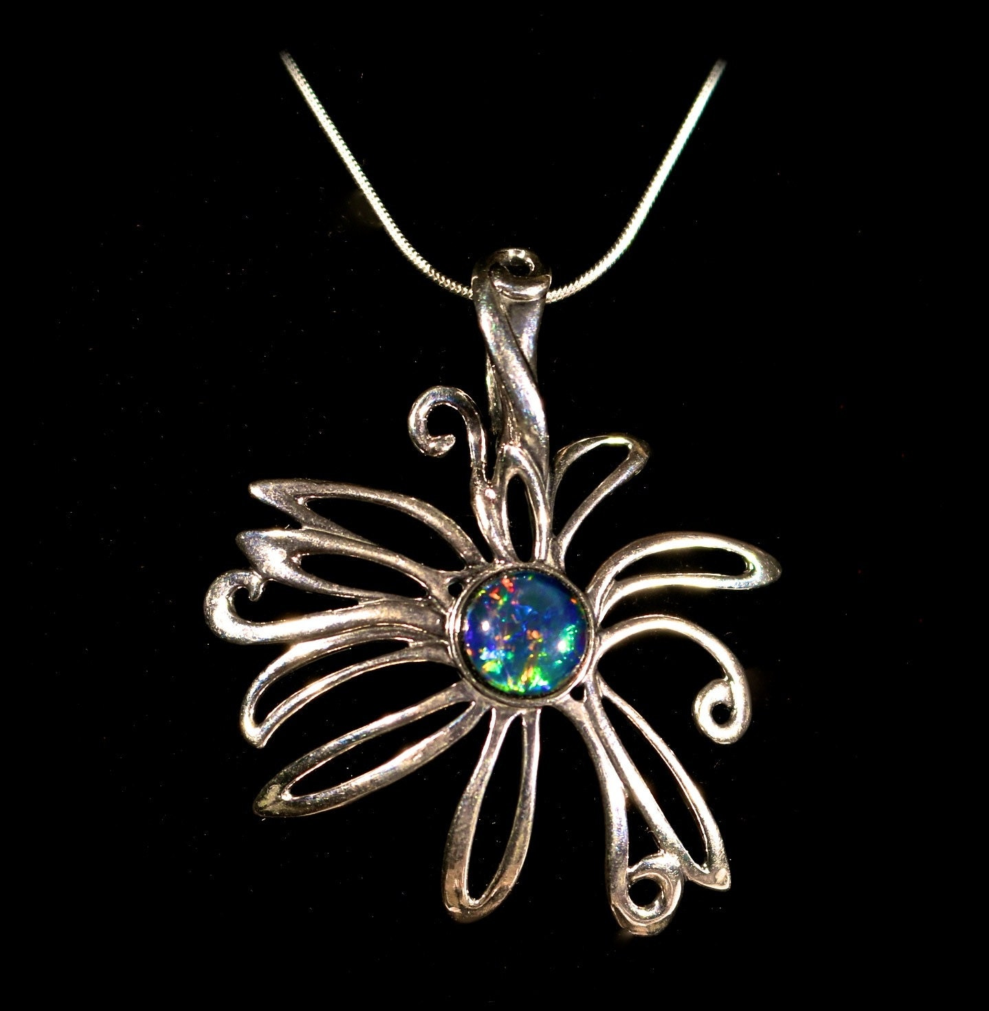 see opal pendant w large freeform flower design green