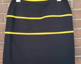 VINTAGE 80's short skirt////black and yellow//High waist//