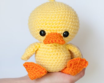 PATTERN: Crochet duck pattern - amigurumi duckling - crochet duck pattern - stuffed toy animal tutorial - PDF crochet pattern