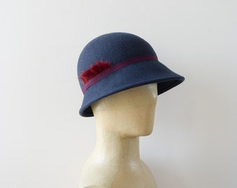 Retro cloche Hat Navy Blue and Burgundy