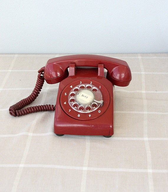 Vintage red rotary phone Retro dial phone 70's 80's Mid century Old telephone Classic desk phone Retro home decor vintage photo prop