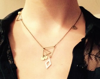 Geometric & asymmetrical necklace