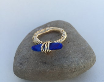 Gold ring royal blue stone