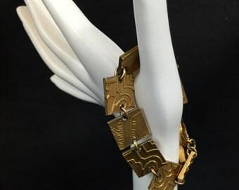 Bracelet brutalist modernist gold tone signed Biche de Bere