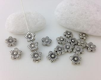 Flower Beads, x30, Daisy Beads, Nature, Metal Flower Beads, Beading, Craft, Flora, Silver, Beads