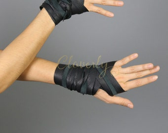 Black Leather Hand Wraps / Wonder Woman Amazon Costume LARP Steampunk Daenerys Fingerless Glove Mad Max Game of Thrones Elf Warcraft Cosplay