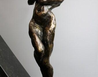 Alexandra Konstantinovna, Dilemma, sculpture, bronze, 2015, 40x16x8cm