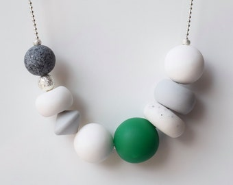 Green beaded necklace, Geometric statement necklace, Modern necklace, White Chunky necklace, Minimalist jewelry, Polymer clay jewelry, Gift