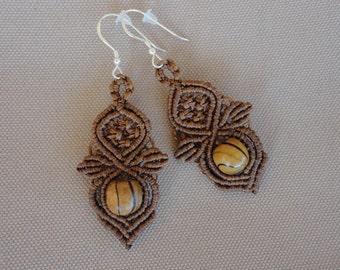 Hazelnut Forest - Handmade macrame bohostyle, bohochic earrings with wooden beads