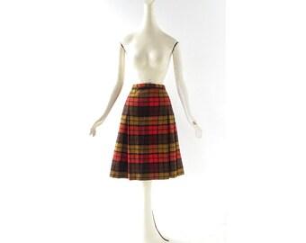 Pleated Plaid Skirt / 1960s Skirt / Wool Plaid Skirt / 25W XS