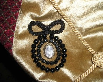 Lovely Antique Mourning Brooch/Pin Ornate Gold/Black Framed Glassed,Beaded Victorian Lady Rare.