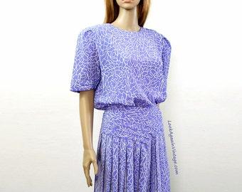 Vintage 1980s Dress Abstract Lilac Lavender White Chevron Hip Pleats Dress / Small