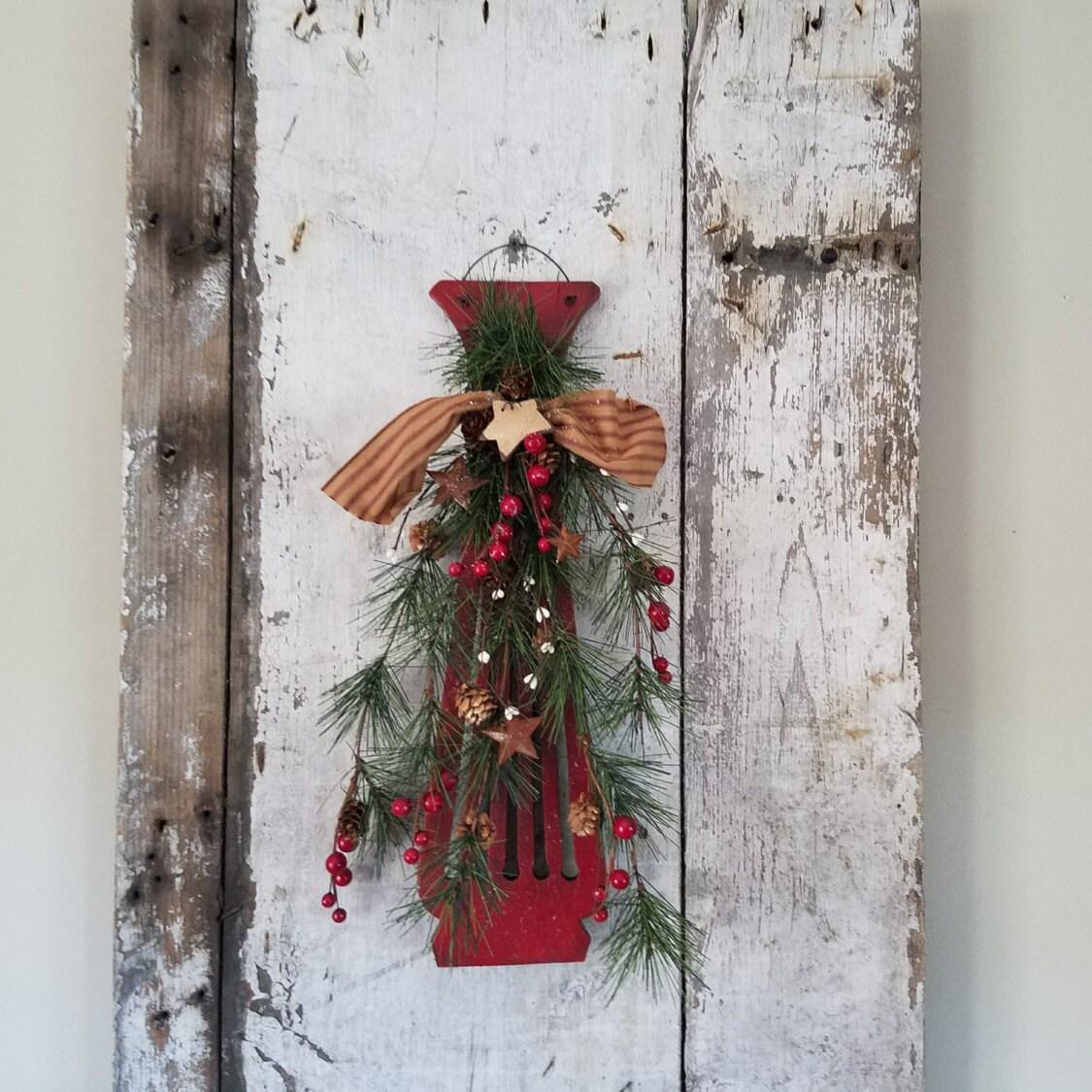 Vintage Christmas Wall Decor : Christmas wall decor door vintage chair