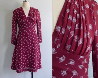 Vintage 70's 'Flattery Gets You Everywhere' Wine Red Fan Floral Pleated Dress XS or S