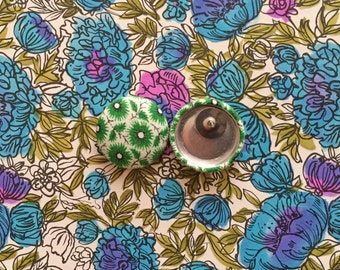 Fabric Covered Button Earrings / Wholesale Jewelry / Green / Stud Earrings / Gifts Ideas / Sensitive Ears / Posts