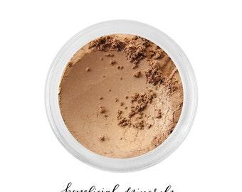 Beach Babe - Eyeshadow // Mineral Eyeshadow // Mineral Makeup // Natural Makeup // Neutral Eye //Brown Eyeshadow // Color Pigment