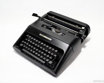 QWERTY - Typewriter Black Olivetti Lettera 35 - Rare vintage typewriter- portable typewriter - working typewriter - black typewriter - gift