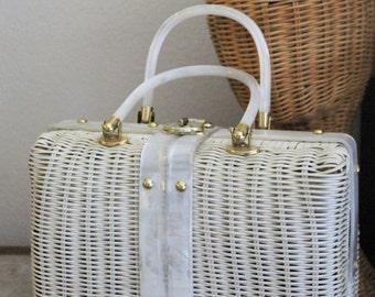 Vintage 1950's 60's White Wicker LUCITE Marbled Handles Lunch Pail Box Purse Handbag