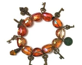 Vintage Charm Bracelet, Skeleton Key Bracelet, Key Bracelet, Charm Bracelet, Stretch Charm Bracelet, Gemstone Bracelet