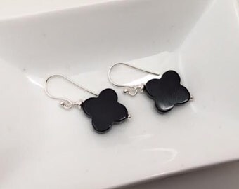 Black agate earrings, Funky Geometric Shape, Sterling silver, Small drop, thehappylittlebeader