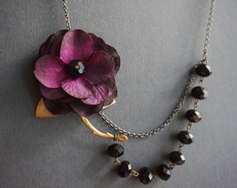 Statement Necklace,Purple Necklace,Purple Flower Necklace,Black Necklace,Black Jewelry,Bridesmaid Jewelry Set,Leaf Necklace,Bridesmaid Gift