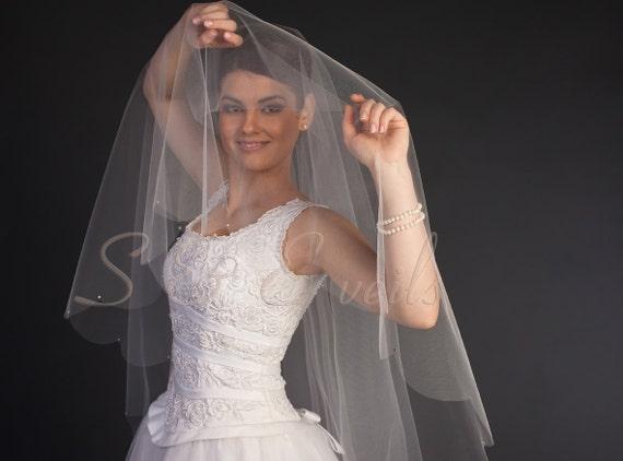Scalloped DROP VEIL Swarovski Crystals    wedding veil, Ivory color, rhinestones blush color, short veil, waist length veil, champagne color