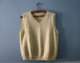 Vintage handknit sweater vest / Pretty yellow V- neck sweater vest /  Vintage Spring Knitwear women size  medium to large