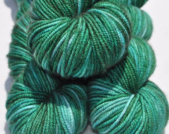 Hand-dyed Worsted Yarn, Hand-dyed Yarn, 100% Superwash Merino, Indie Dyed Yarn, Worsted Weight Yarn