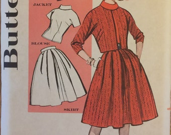 """VTG 9511 Butterick (1950's). Miss outfit makers.  Size 12, Bust 32"""". Complete, unused, FF. Excellent condition."""