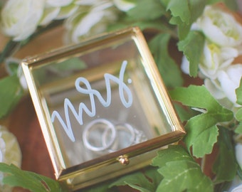 Gold Mrs. Ring Glass Box | Ring dish, Wedding Ring holder