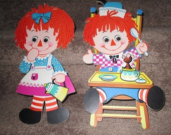 """Vintage RAGGEDY ANN & ANDY Wall Hangings - Plaques - Approx. 14"""" - Pasteboard - 1972 Bobbs Merrill Co. Inc."""