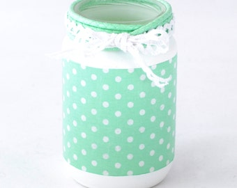 Candle Lantern Mint and white pea