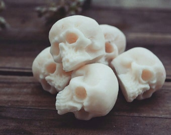 Jar Of Soy Wax Skull Melts