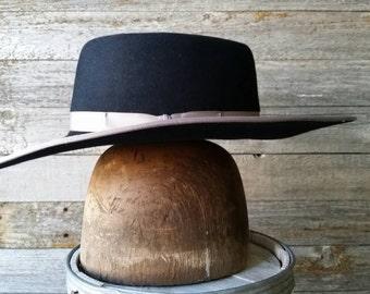 Vaquero style, Bucks style custom hat