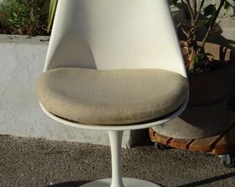 Knoll year 1970 swivel chair