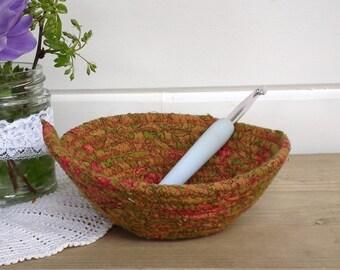 Coiled bowl ~ Upcycled bowl ~ coil bowl ~ Handmade bowl ~ Decorative bowl ~ eco friendly ~ Fabric bowl ~ Coiled fabric bowl ~ Yarn bowl