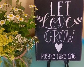 Let love grow, Wedding sign, Succulent favor, Air plant favor, Succulent wedding favor, Air plant wedding favor, Chalkboard sign, Wedding