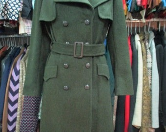Cappotto in loden anni 70. Doppiopetto con cintura/1970s loden coat/Doublebreasted/Belt/Capelet on shoulders/Trench style/Military/Size M